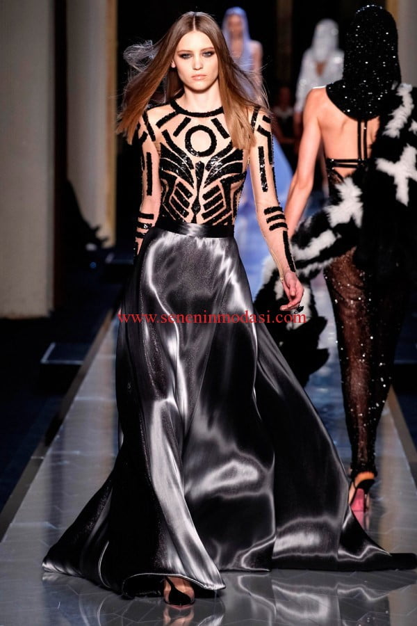 Atelier Versace-Paris Fashion Week1