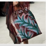 Burberry-Fall-2014-Runway-Bags