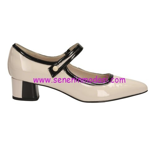 Clarks Swixties Faye Nude Pink Patent-400 TL
